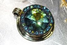 jewelry tutorials diy / by Julie St Angelo