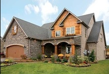 House: The Design / Curb appeal is everything / by Branda Peebles