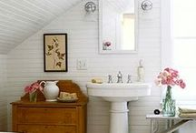 cottage bath / by Jackie Saunderson