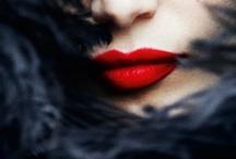 Beauty - Make Up / by Sam Leiva