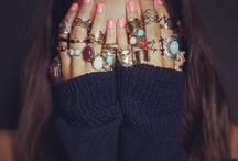 ஐﻬ  Bijoux avec de Gros Cailloux trop Choux #Jewelry / ✗✗✗✗✗ / by Cyntthia