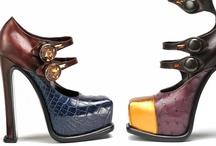Cordonnerie ◢ #Shoes / L'Essentiel Pour Petit Peton ◥ / by Cyntthia