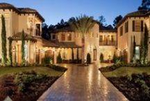 Home ideas that I love... / by Dianna Martinez Bartholomew