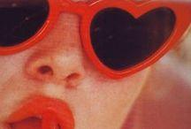 Eyestyles / What's more glamorous than a pair of oversized sunglasses? #fashion #women #style #eyestyles #eyewear / by Amylee Paris