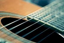 gitars and piano's / by Bep Glissenaar