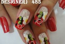 Nail Designs / by Aubrey Kreipl