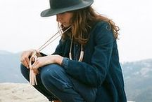 Style & Fashion / by Bonnie Heath