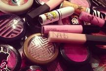 Beauty, Makeup & Tips / by Jammz Martiniii