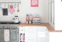 Kitchens / by Sophia Jorris
