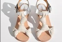 please put on my feet / by Gabrielle Yee