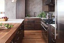 Kitchen / by Alina Ionita
