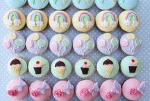 Cakes & Cupcakes / by Gloria Sedano-Sarabia