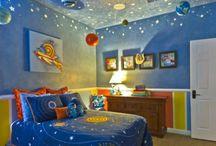 Cool Rooms / by Gloria Sedano-Sarabia