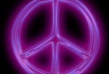 Peace Signs, Ying-Yangs & BoHo / by Wendy Scribner
