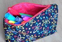sewing / by Adriana Bon