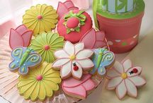 Spring cookie ideas / April showers bring May flowers! If it happens in the spring you will most likely find a cookie ideas for your occasion here. Easter, Valentine's day, beautiful flowers, little ladybugs,and bumble bees are just a few of the many themes you can find here for cookie ideas. / by Jennifer Till
