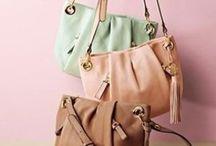 Bags of style / by Elizabeth
