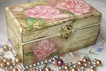 ❤❤❤ ~ Beautiful Boxes and Tins of All Sorts ~ ❤❤❤  / by ✿⊱╮♥❤♥ Denise Jackson ✿⊱╮♥❤♥