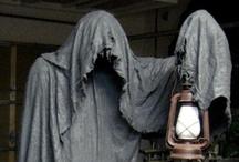 Halloween / by Joss Rogers