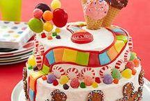 Cakes / by Daniel-Bonita Eimers
