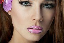 Makeup & Beauty Essentials / by Ashley Tegeler