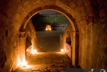 Pompeii at Night (www.bbfauno.com) / #pompeiiatnight #archeology #ancient #ruins #herculaneum #pompeii #vesuvio #art #pompei #vesuvius #excursions #travel #italy #faunopompei #art  / by Bed and Breakfast Pompei Il Fauno