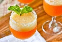Delicious Drinks / Alcoholic and non-alcoholic. Something for everyone! / by Aimee Christopherson