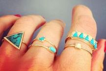 Jewelry - That makes me go mad. / by Jennifer Isaza