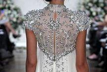 Wedding Dresses / by Jennifer Isaza