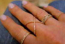 Jewels & Gems / by Alexandra Lugo