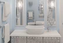 Bathroom. / by Yael Livneh
