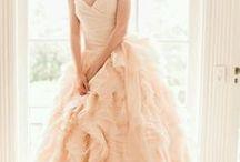 My dream wedding<3 / by Sophia Hoskinson