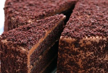 Cakes N Cupcakes / by Radhika   Tickling Palates