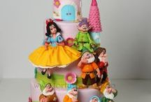 My own cakes for children / by Viorica Dinu