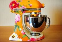 Kitchen aid Mixers / by Joy Ackerman