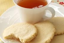 Sweet Bites... Cookies, Bars, Brownies, Tassies, Candy / by Kimberly Rothman