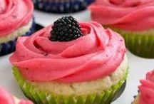 Cake & Cupcakes / by Angela Kubik