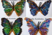 Butterfies Beadwork & Patterns / http://www.sova-enterprises.com/catalog/advanced_search_result.php?search_in_description=1&keywords=Bead%20Butterfly&page=1&sort=5d / by Bead-Patterns (Sova-Enterprises.com)