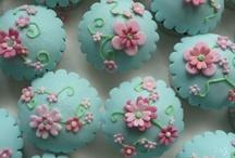 Too Pretty to Eat / Designer Sweet Treats / by Rachelle Vaughn