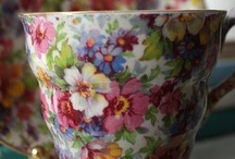 Absolutely LOVE CHINTZ!!! / by Janice Lawson