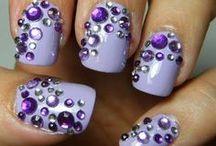 Nails n Makeup / by Deanna Pelot