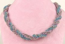 Beading - Necklaces / by Kay Pucciarelli