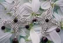 Jewelry Making - Earrings / by Debbie Ekes