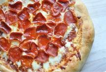 la pizzeria / by J'espère ...
