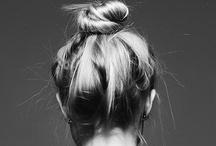 Hair / by Oon .