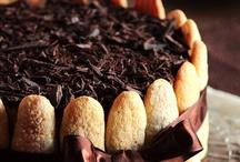 Desserts / by Rora A Gp