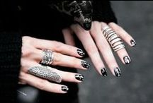 Style: Jewelry  / Rings, necklaces, earrings and bracelets. / by Kristin Starchild