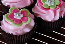 Cupcake crazy / by Debbie Lavigne