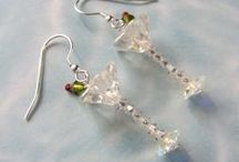 Beading tutes and inspirations- Earrings / by Linda Burge