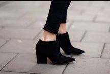 Shoes / by Susie Boniadi
